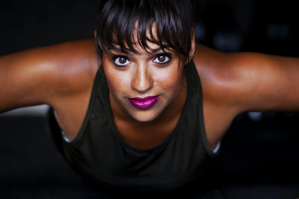 woman-push-up